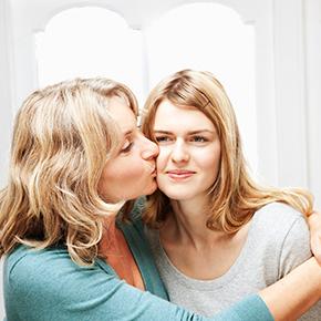 Како да се поврзете со Вашиот тинејџер илитинејџерка
