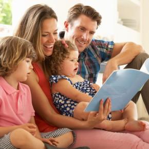 Десет причини зошто треба да им читате на вашитедеца